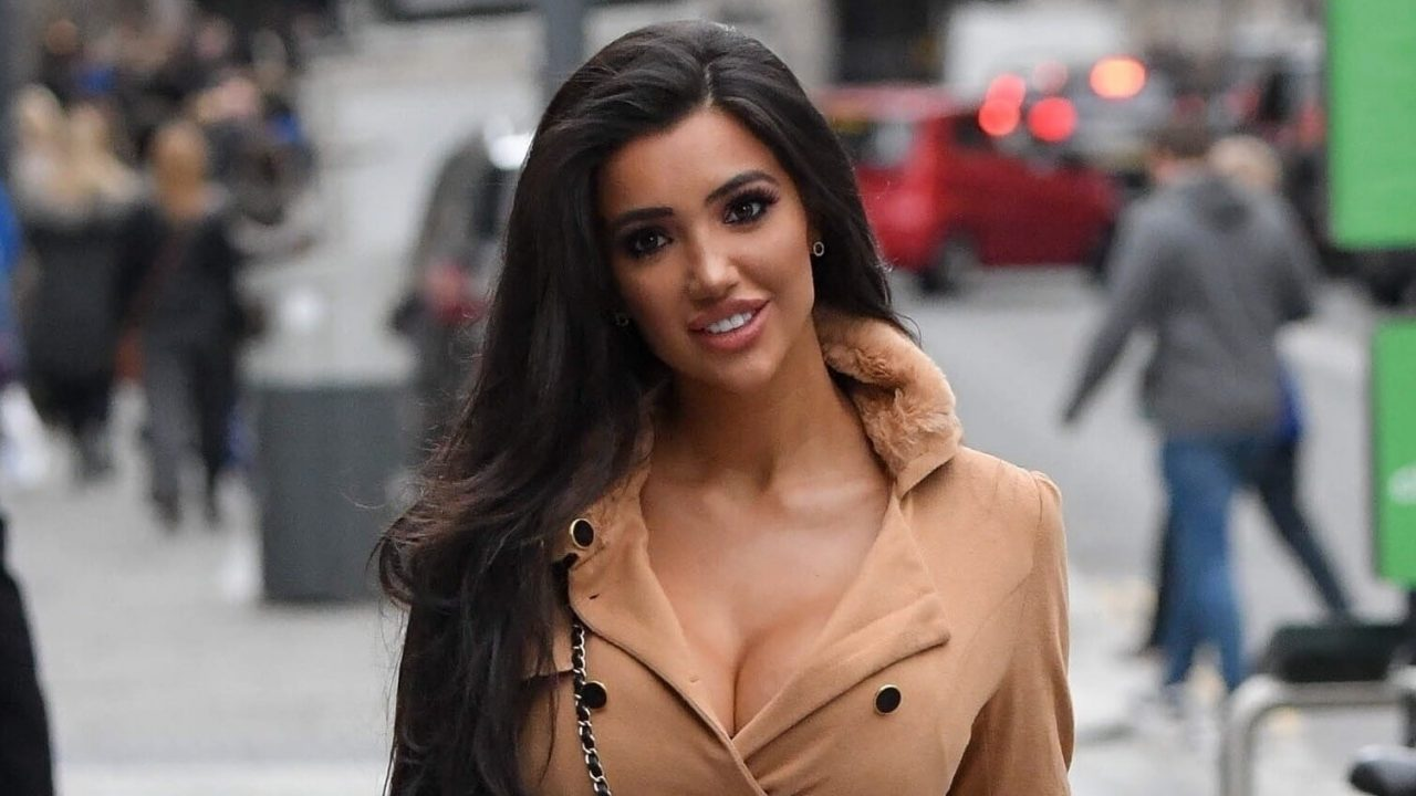 Chloe Khan Net Worth