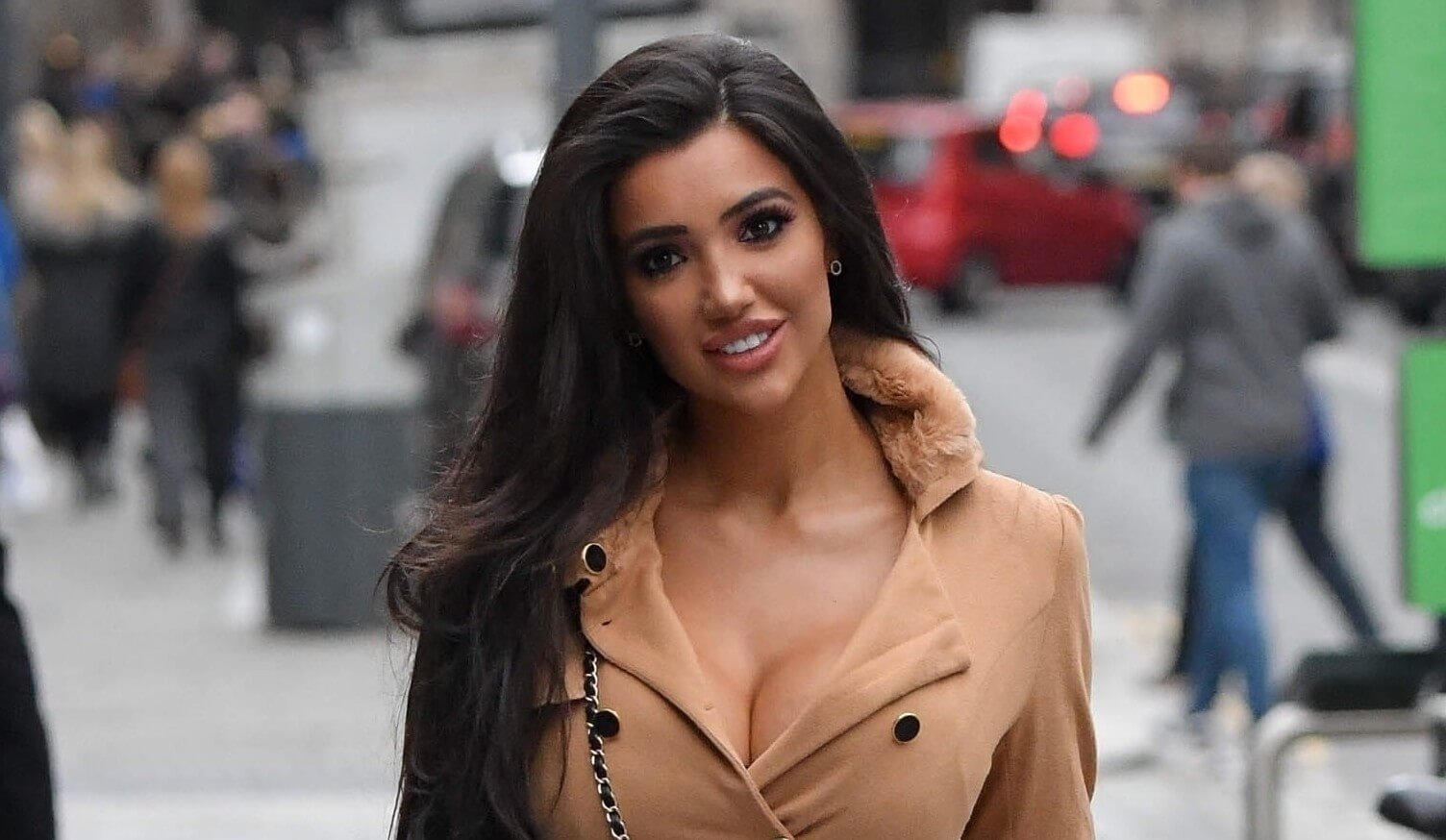 Chloe Khan Net Worth